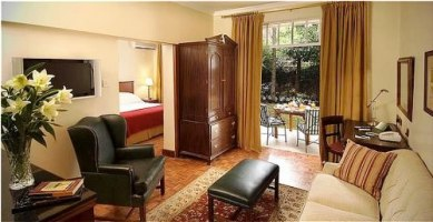 Holiday Inn Nairobi - junior suite