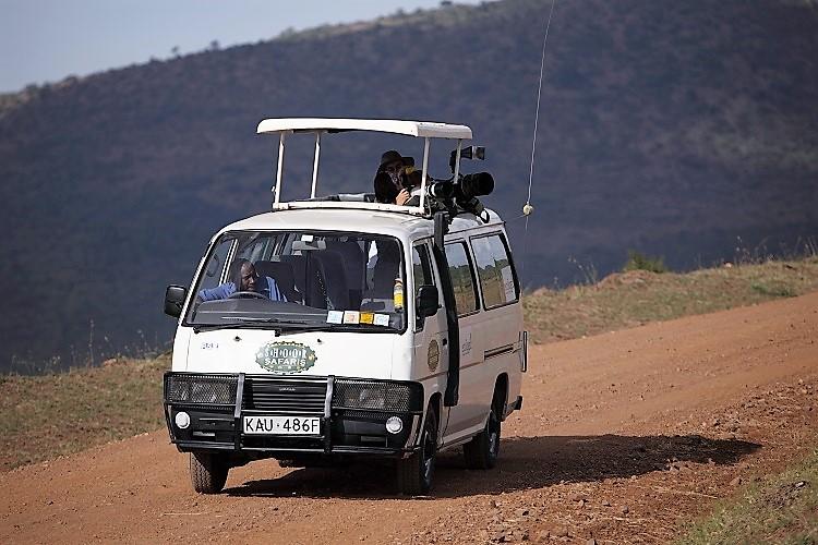 kenya car hire with driver tour van 4x4 landcruiser rental in nairobi kenya. Black Bedroom Furniture Sets. Home Design Ideas